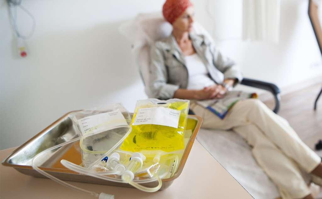 Hóa trị ung thư là gì? Nó hoạt động như thế nào?